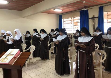 Mosteiro das Irmãs Clarissas celebra 30 anos de presença na Diocese de Colatina