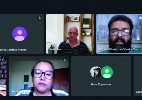 ITF realiza fórum de debate entre professores, alunos e colaboradores