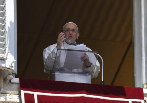 """Papa: descanso, contemplação e compaixão para uma """"ecologia do coração"""""""