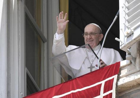 Papa: aprender da amizade com Jesus o amor desinteressado e sem cálculo pelos outros