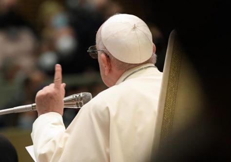 Papa: justificados pela graça, sejamos ativos no amor a Deus e ao próximo