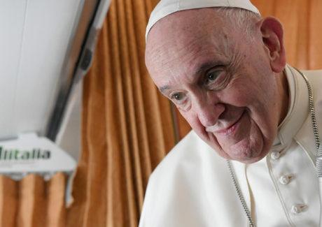 Papa: Aborto é homicídio. A Igreja deve ser próxima e compassiva, não política.
