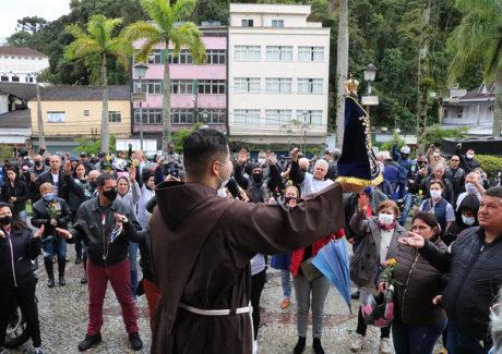 Celebrações da Solenidade de Nossa Senhora Aparecida em Petrópolis