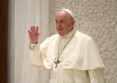 Papa: ninguém pode ser feito escravo em nome de Jesus