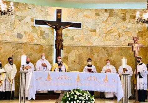 Nossa Senhora Aparecida é celebrada em Blumenau