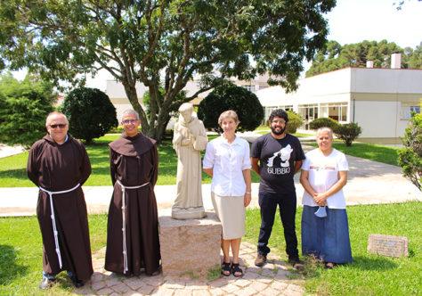 Família Franciscana de Curitiba se reúne na Fraternidade