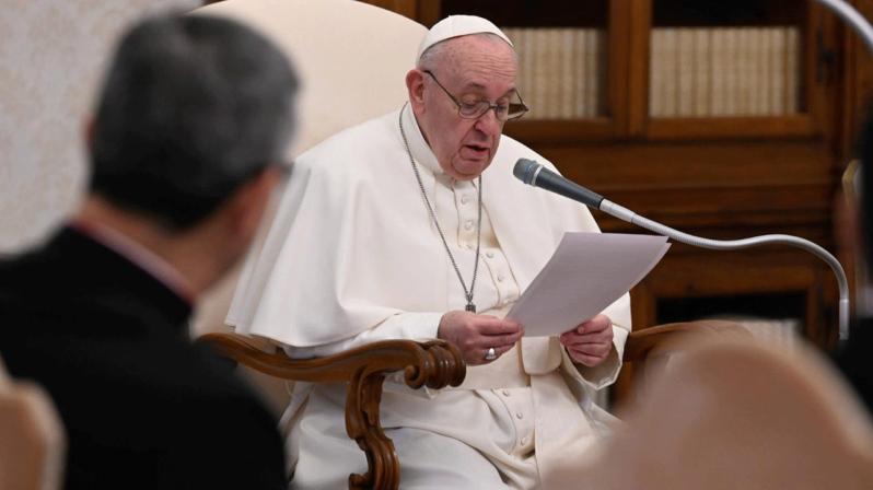 Papa Francisco: a oração faz milagres
