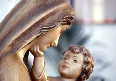 Maria, a mãe da primeira fraternidade cristã