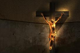 O amor suspenso na Cruz