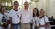Frei Éderson (ao centro) com o grupo da OFS de Araxá